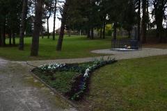 Sadnja cvijeća u Spomen parku