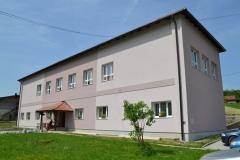 Uređeno pročelje škole u Lučelnici