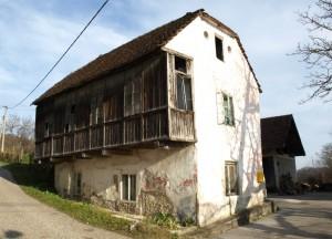 Građanska kuća sa zatvorenim vanjskim trijemom