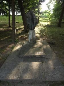 Grob Krste Ivekovića