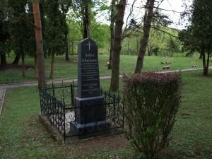 Grob Antuna Mihanovića