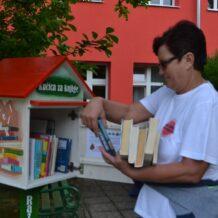 Gradska knjižnica postavila kućice za knjige u gradske parkove