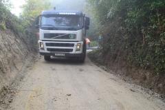 Asfaltiranje ceste Bratovski Vrh-Ledine