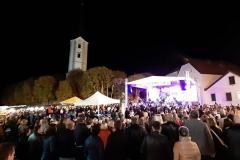Koncert Crvene jabuke na Zahvali jeseni u Klanjcu