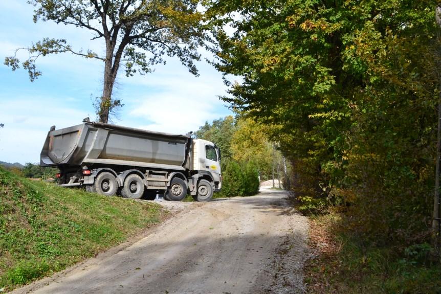 U tijeku komunalni radovi na cestama