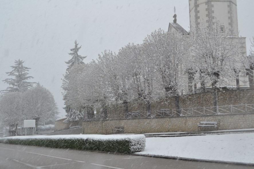 Snijeg pobrkao blagdane