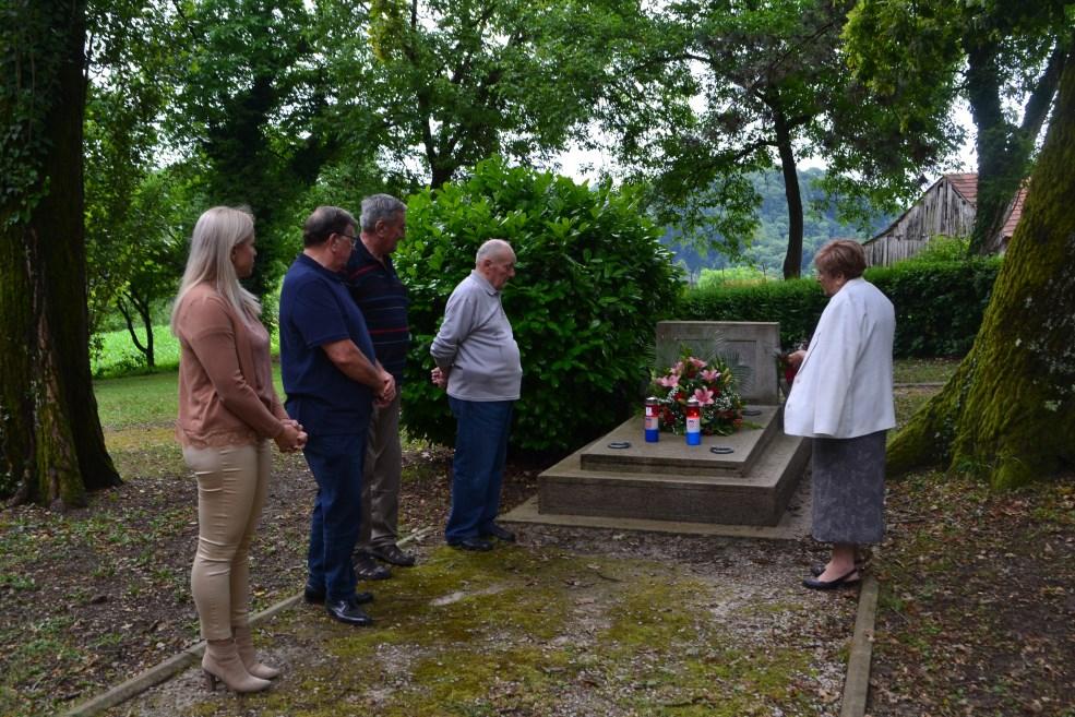 Godišnjica smrti Otona Ivekovića