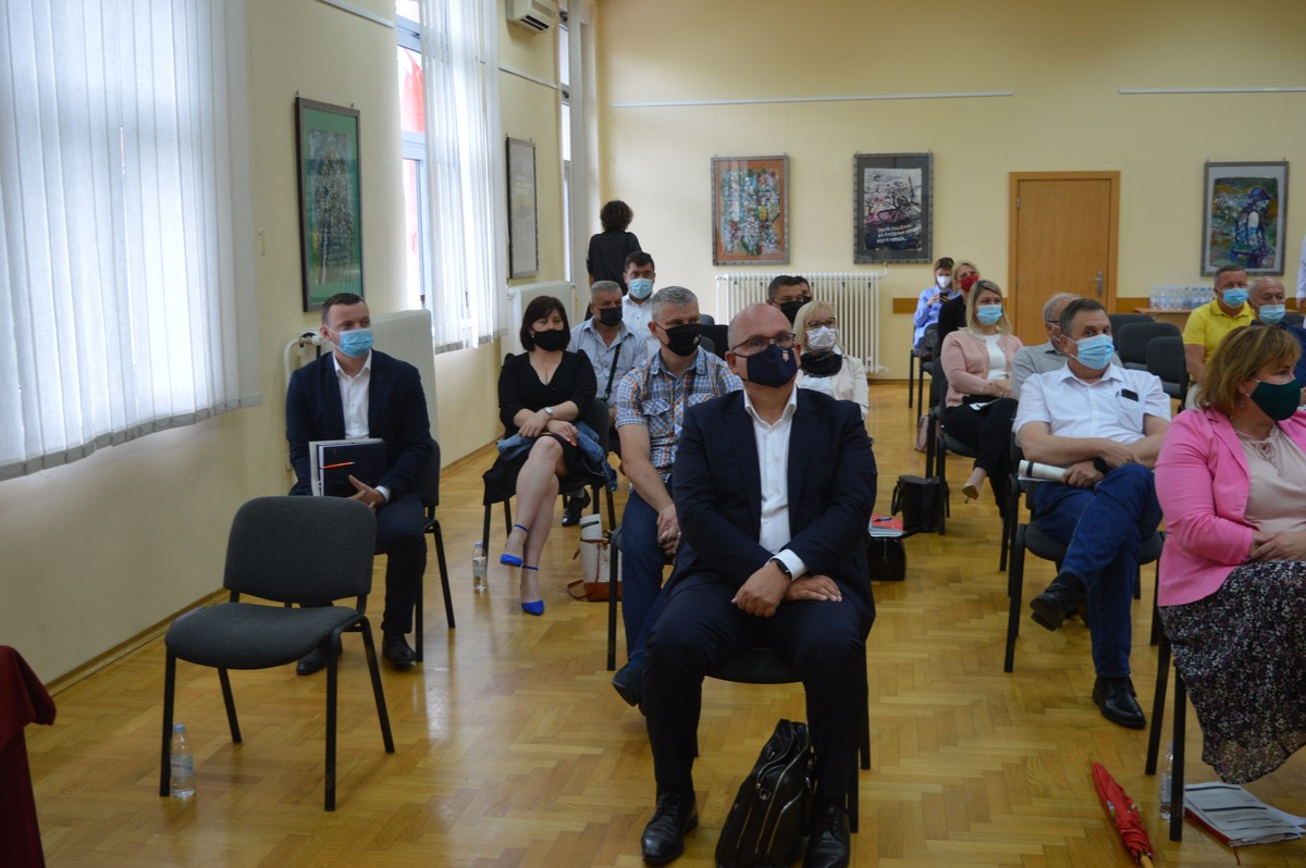 Sastanak župana s gradonačelnicima i načelnicima